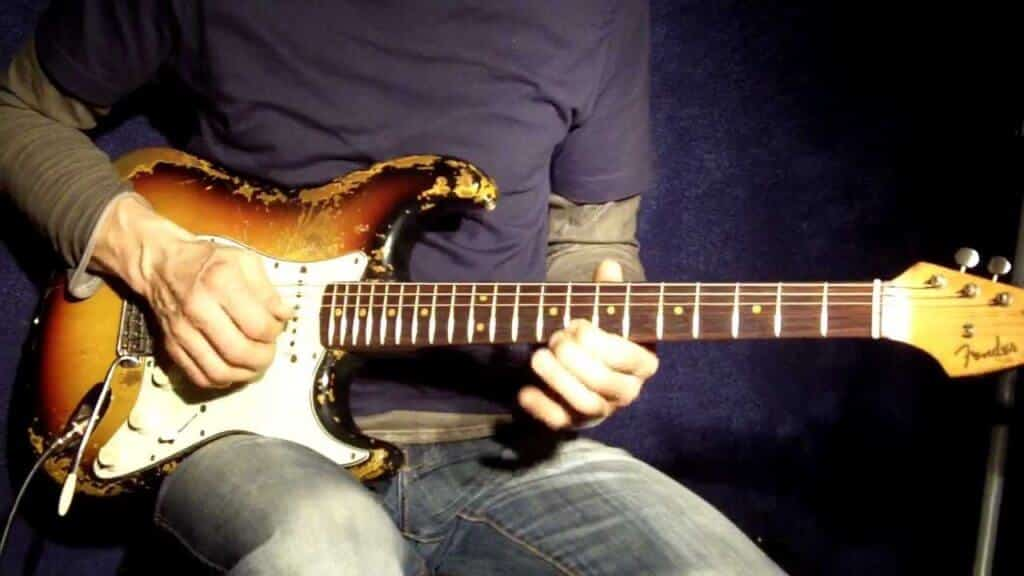 guitare blues stratocaster
